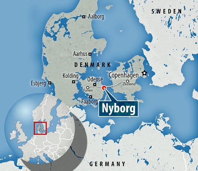 Nyborg en la isla de Fionia está conectado a Zelanda - donde se encuentra Copenhague - por el puente de Storebaelt.  Otro puente conecta a Jutlandia y el continente europeo