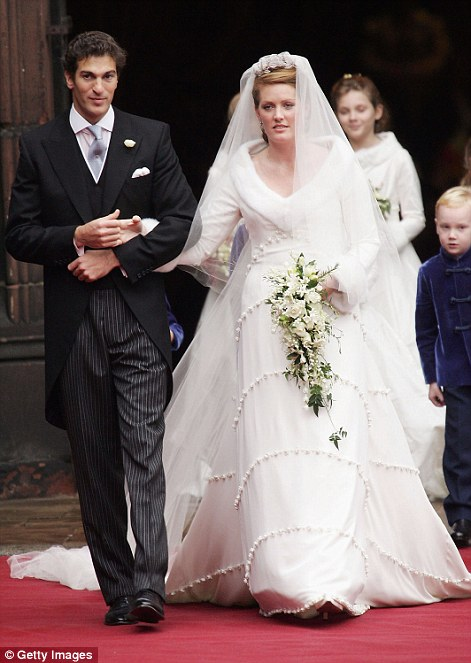 Lady Tamara with her husband, Ed Van Cutsem emerge from Chester Cathedral following their wedding