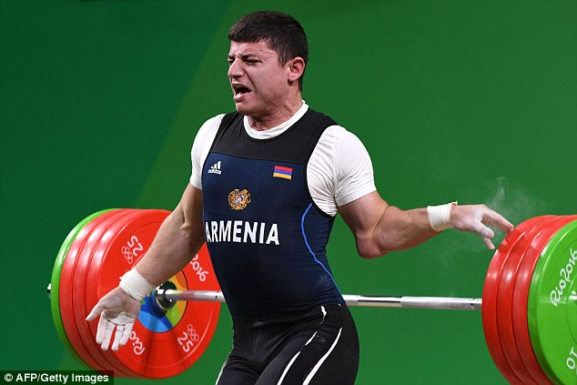 The pain clear for all to see on his face, the unfortunate Karapetyan lets go in agony