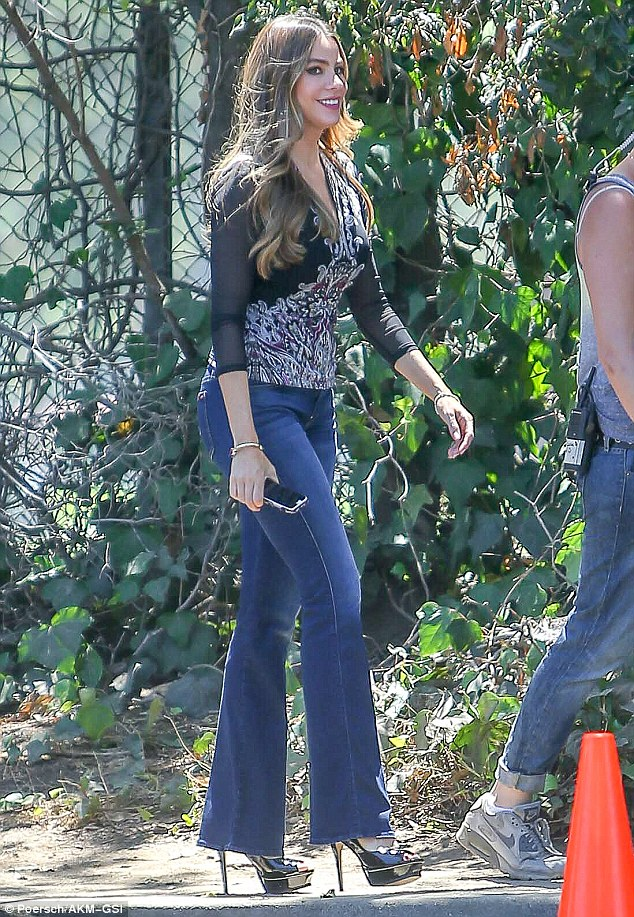 Sofia Vergara Shows Off Her Long Legs In Bell Bottoms On