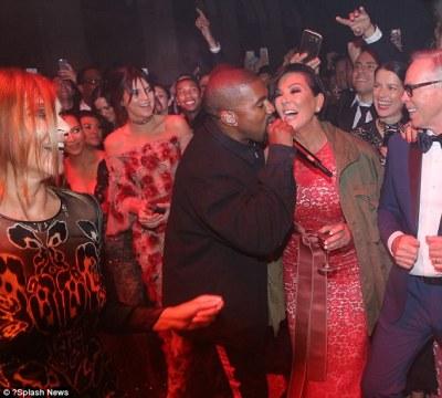 Karaoke? Kanye got some elp from mother-in-law turned backup singer Kris