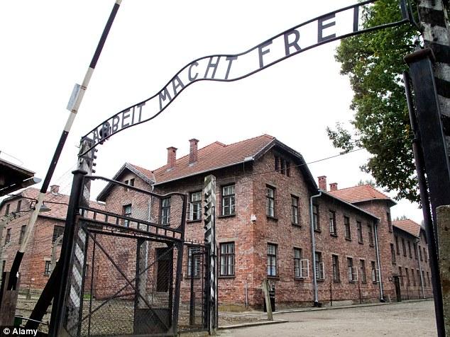 Un tesoro di foto hanno fatto luce su un missionario scozzese che morì ad Auschwitz (nella foto) dopo aver rifiutato di abbandonare le 400 ragazze ebree nella sua scuola durante la seconda guerra mondiale