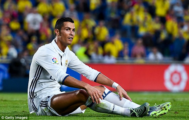 Ronaldo didn't like being replaced in Madrid's disappointing draw away to Las Palmas