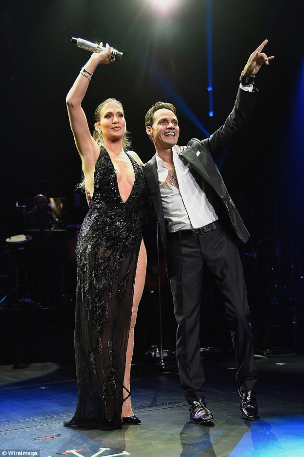 New project: Jennifer Lopez and Marc Anthony will be working together again on a new album for 2017; here they are seen doing a duet in NYC in August
