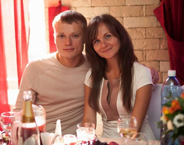 Anna y su esposo | Foto: Daily Mail