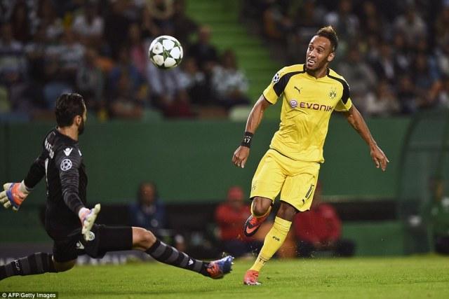 Dortmund soon found their breakthrough, though, as Aubameyang lifted his shot past Sporting goalkeeper Rui Patricio