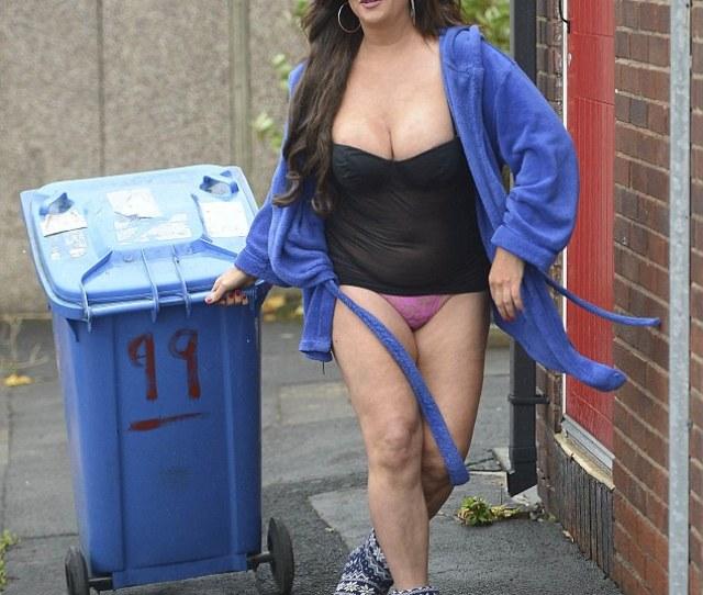 Taking Out The Trash Former Big Brother Star Lisa Appleton 48 No Doubt