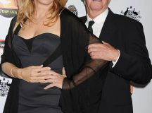 Paul Hogan and ex-wife Linda Kozlowski 'reuniting for the ...