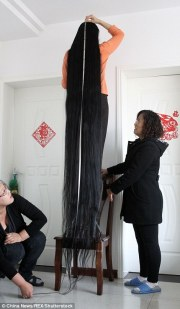 chinese woman showcases 11-foot-long