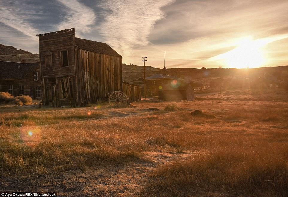 Il centro storico di miniere d'oro si trova in California orientale montagne della Sierra Nevada, circa 75 miglia a sud est di Lake Tahoe e attira migliaia di visitatori l'anno