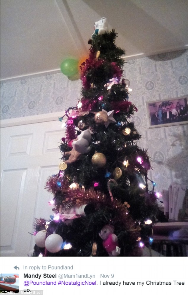 Mandy Steel Went For A Nostalgicnoel Look When Putting Up Her Pink And Purple Tree