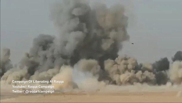 La panique qui avait surgi quand les forces ont réalisé que leur missile n'avait pas frappé sa marque est bientôt remplacée par le soulagement