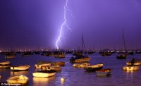 Rock study finds lightning strikes could power a BILLION ...