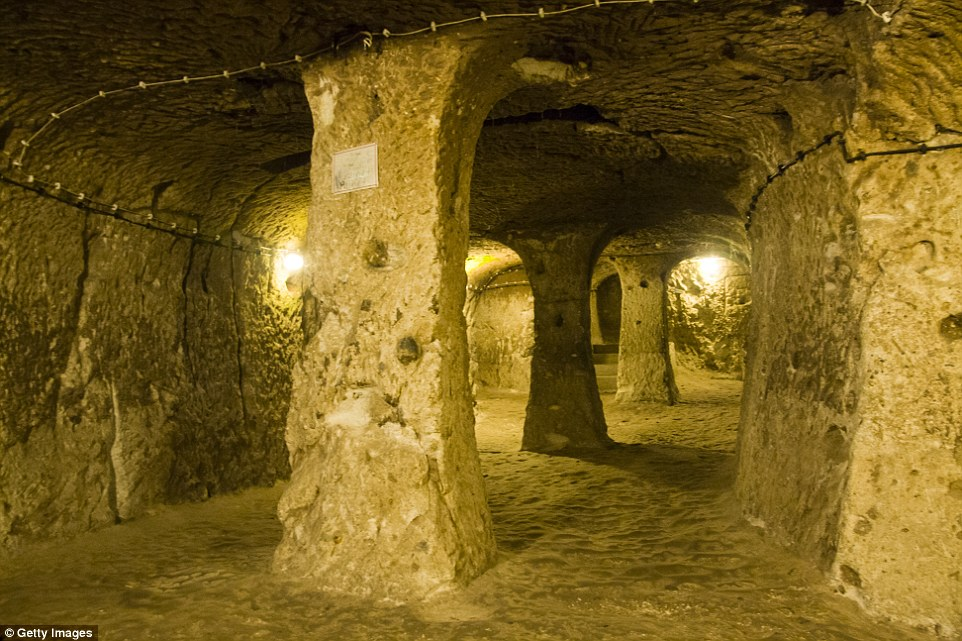 Another cave church was discovered withinDerinkuyu, which is said to have been able to house 20,000 people