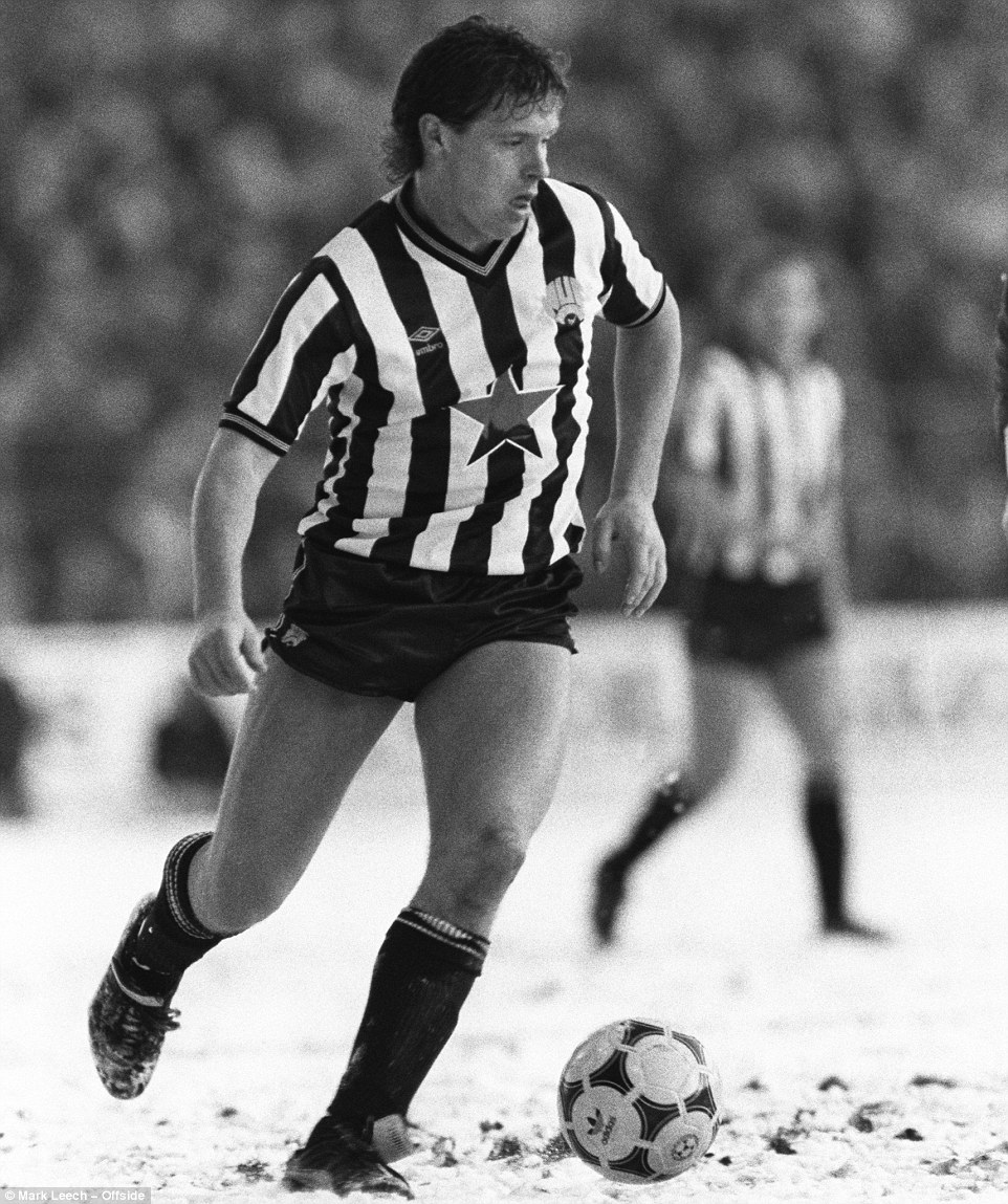 Paul Gascoigne has the ball at his fee, while wearing his short shorts as Newcastle play Nottingham Forest in Division One tie