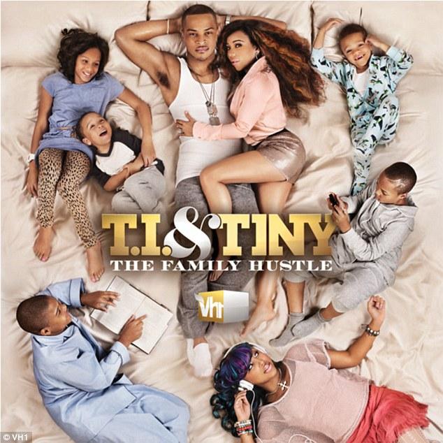 Valeurs familiales: Le couple ont un reality show de la famille intitulé TI & minuscule: The Hustle famille qui a eu cinq saisons sur VH1