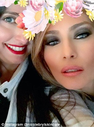 Melania Trump Designing White House Glam Room Daily Mail