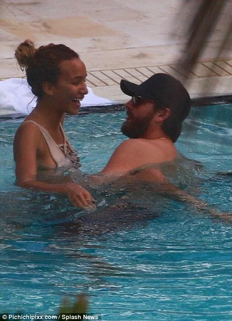 Ariana Grande New Boyfriend
