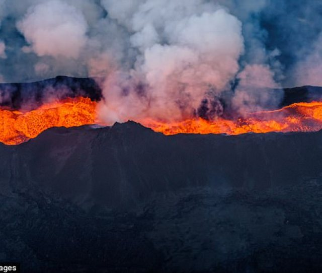 An Eruption At Icelands Biggest Volcano May Be Imminent An Expert Has Warned The
