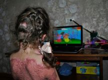 'Fire fairy' game tells children to turn on gas stoves ...