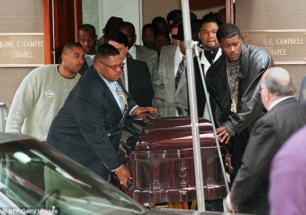 Biggie Smalls39 mother says she knows who murdered her son