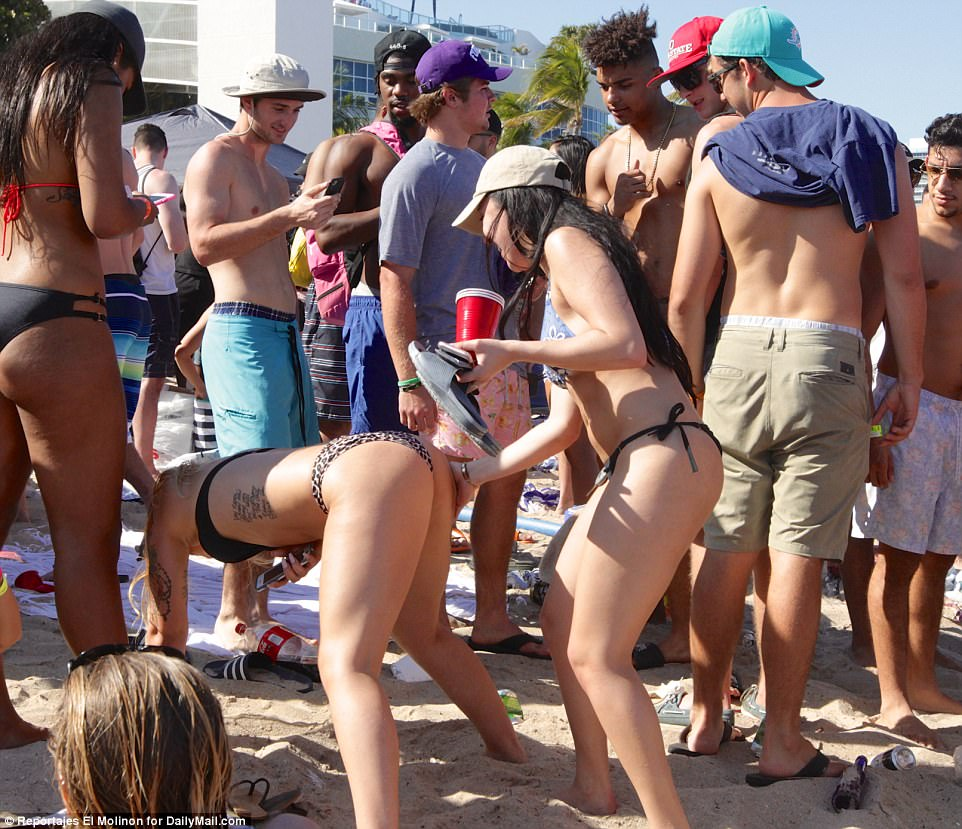 Women took the day on the beach to dance and twerk on Fort Lauderdale's sandy shores, much to the delight of nearby men