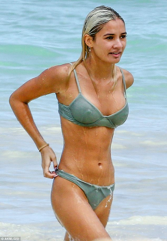 Hawaiian holiday: Pia Mia enjoyed a sun-soaked getaway on Waimanalo Beach in Oahu, Hawaii on Thursday