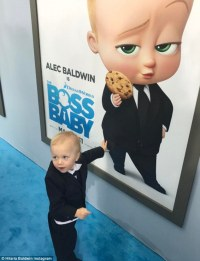 Alec Baldwin upstaged by his own kids at movie premiere ...