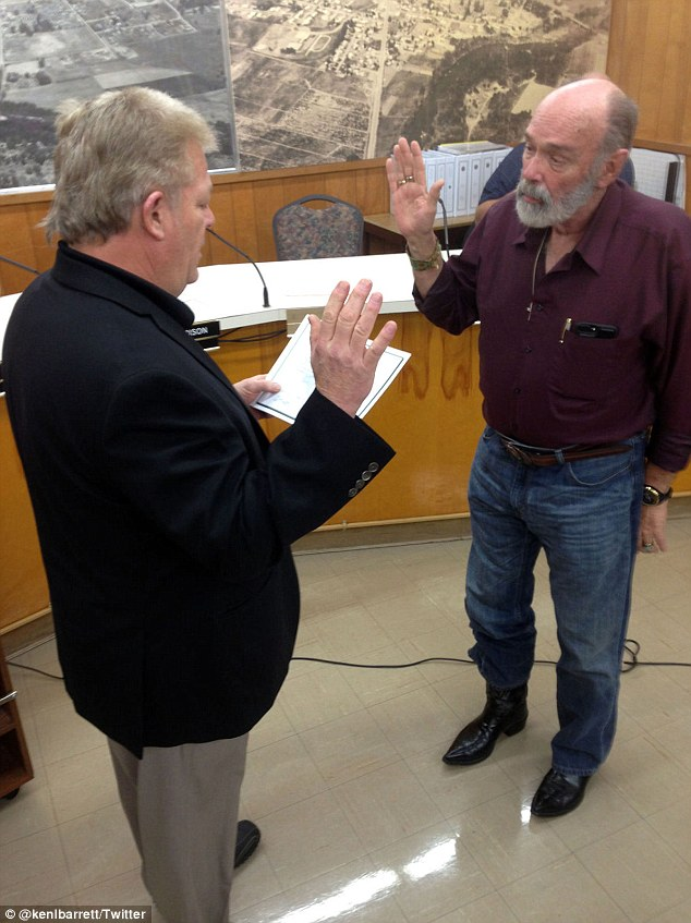 Kenneth Barrett taking his oath of office while being sworn in as Winston mayor on January 5