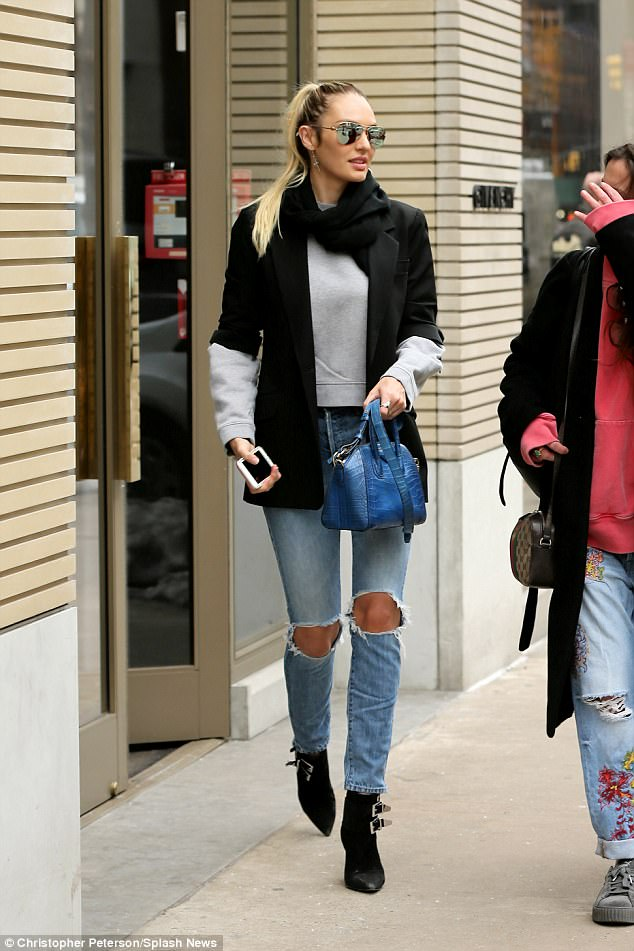Candice Swanepoel Proves Shes A Style Queen In New York