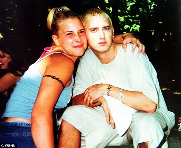 When Did Eminem Get Married