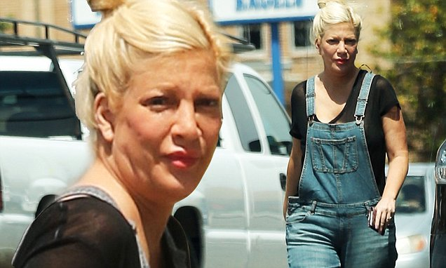 Tori Spelling spotted for the first time since childbirth  Daily Mail Online