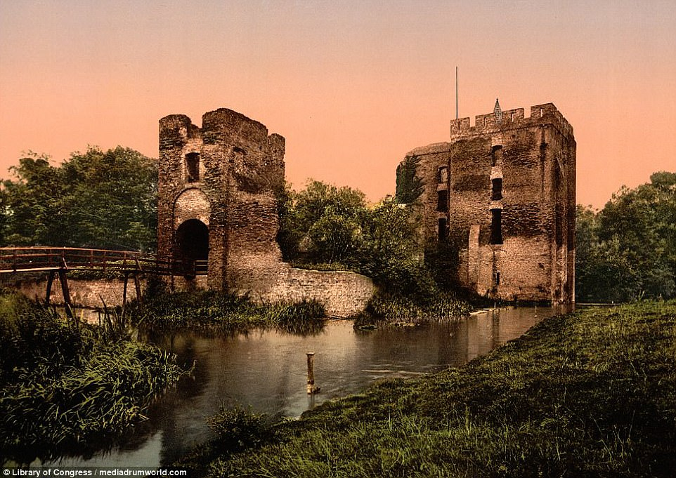 The Photochrom technique coats the Ruins of Brederode, Santpoort, with a mesmerising hue