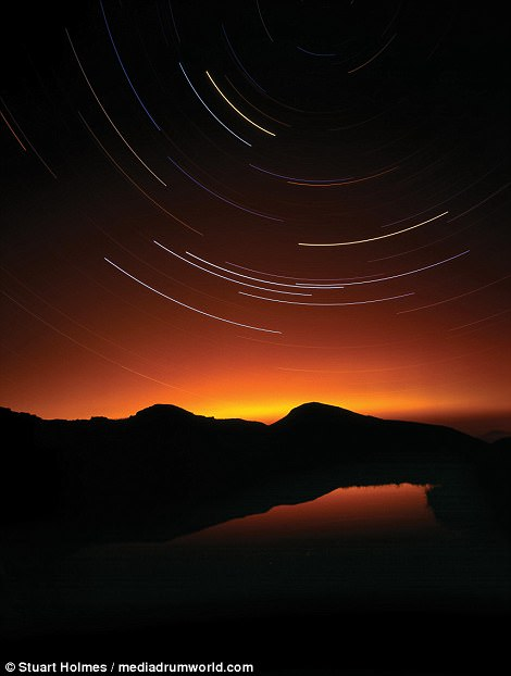 Holmes injected a sense of movement into a sunset sky using his photography skills