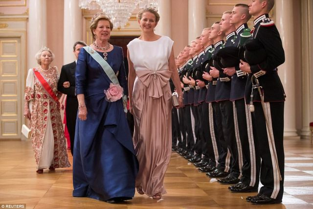 Queen Anne-Marie of Greece, left, and Princess Mabel of Oranje-Nassau from the Netherlands, right arrive at the Royal Palace
