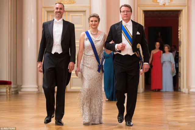 Left to right: Carlos Augster, Hereditary Grand Duchess Stephanie of Luxembourg and Prince Constantijn of the Netherlands