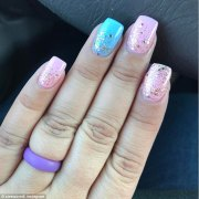 gender reveal nail art