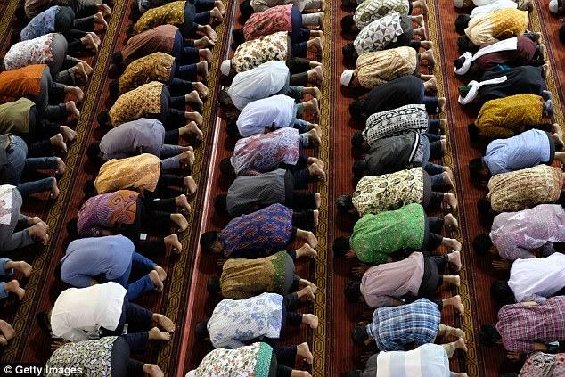 Una mezquita está incluido en los planes para un enclave musulmán en el sitio de la escuela islámica
