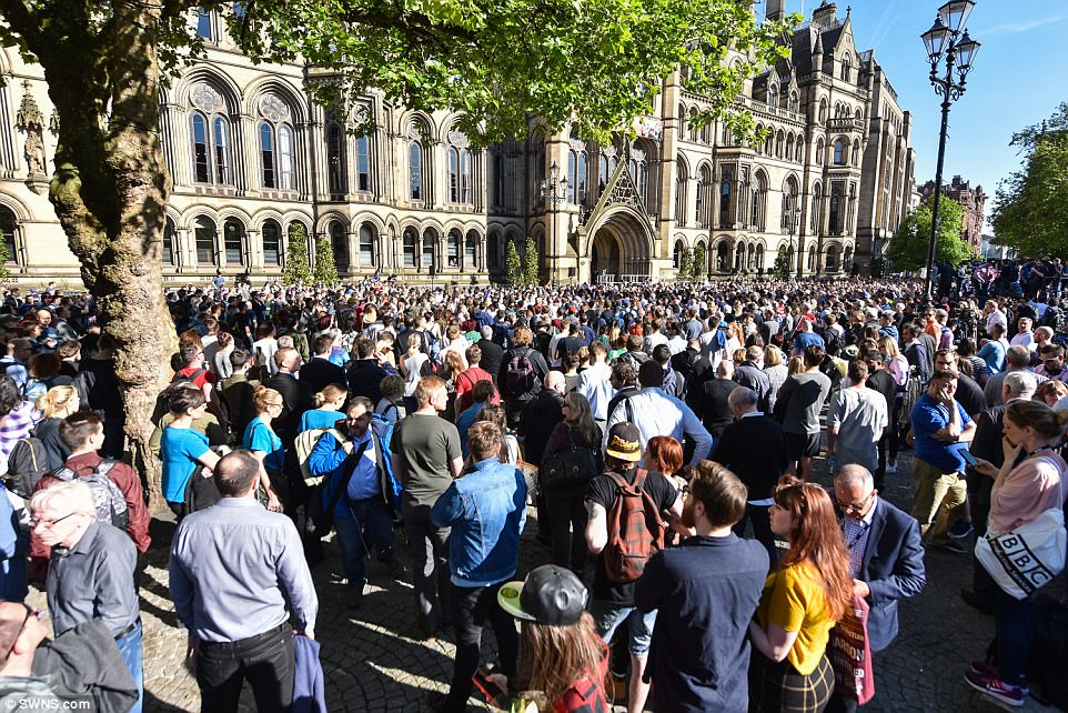 Thousands of Manchester's residents attended a vigil at Albert Square in the city centre tonight to remember those who died
