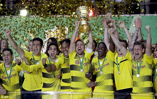 """Résultat de recherche d'images pour """"Borussia Dortmund"""""""