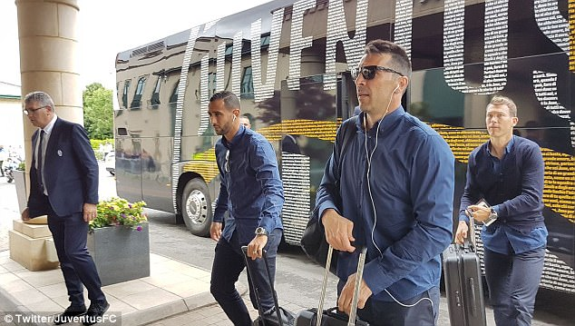 Experienced shot-stopper Buffon wears his sunglasses as he prepares to enter the hotel