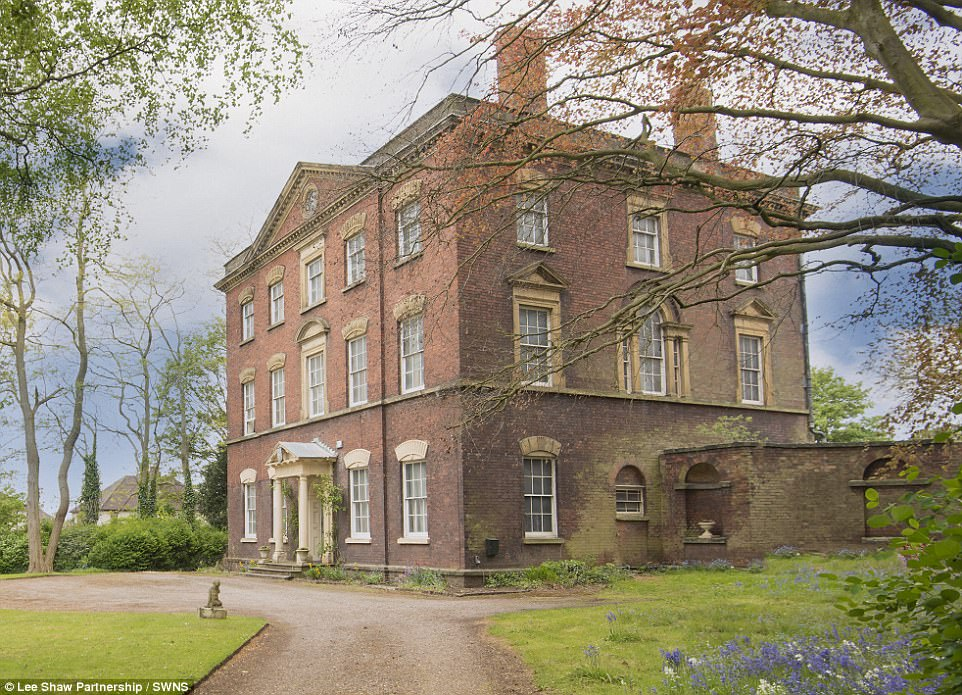 Grade Iilisted Manor House On The Market For £350,000  Daily Mail Online