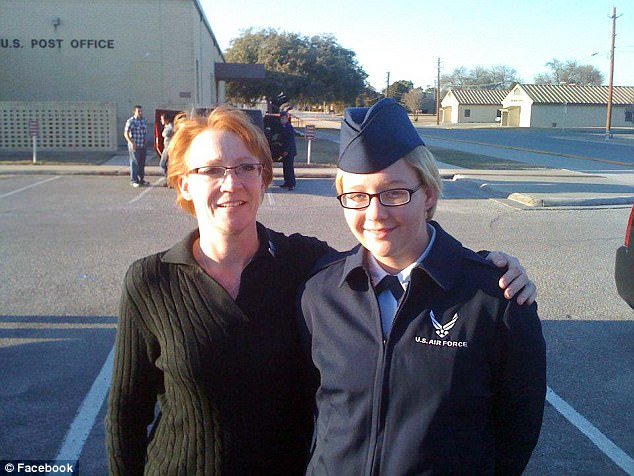 Bernie Sanders-supporting Reality Winner served as a linguist in the US Air Force since 2013 and spoke Pashto, Farsi and Dari. Pictured here in uniform with her mother Billie