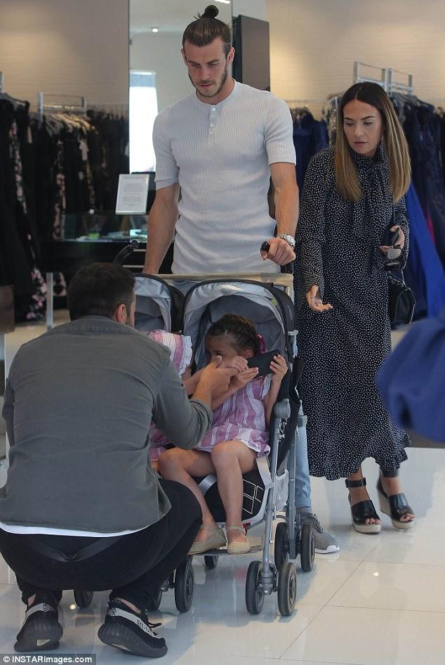 Gareth Bale And Emma Rhys Jones Go Shopping In LA Daily