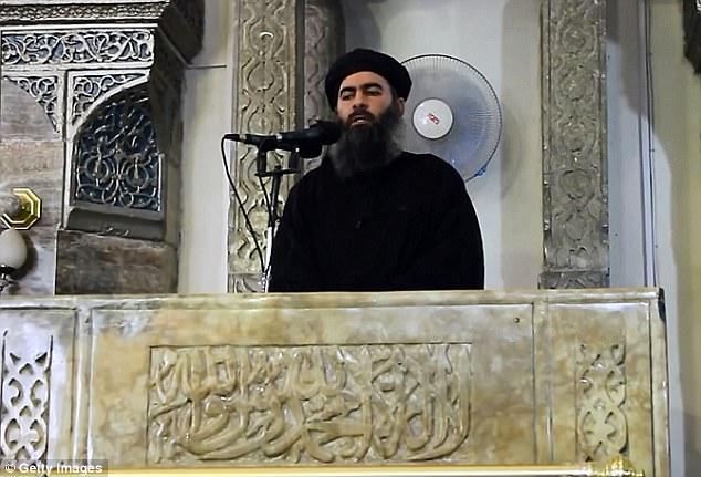El Ministerio de Defensa ruso dijo el viernes Abu Bakr al-Baghdadi fue muerto en un ataque de Rusia a finales de mayo, junto con otros comandantes del grupo de alto nivel