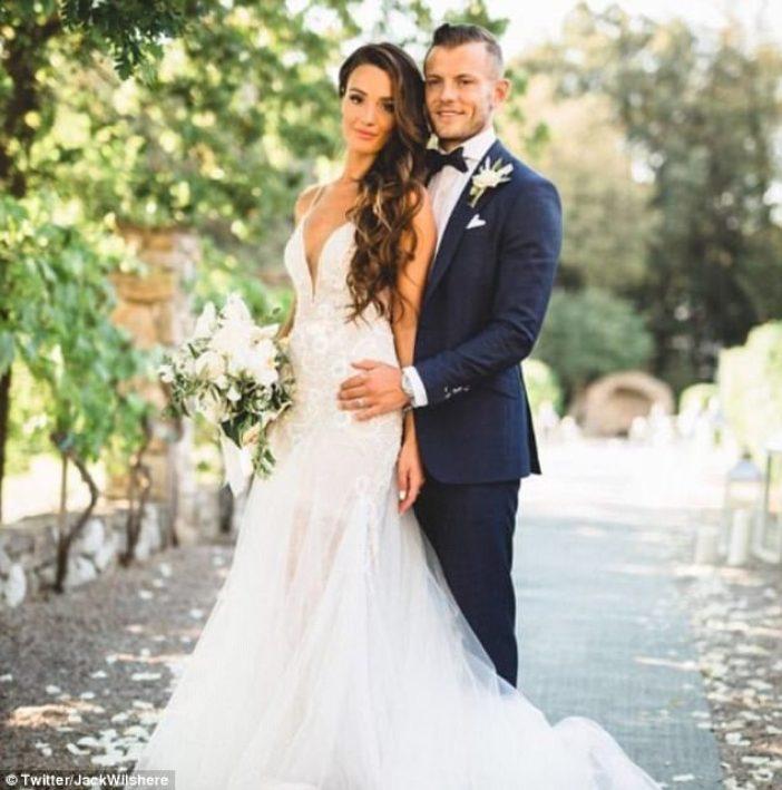 Arsenal midfielder Jack Wilshere has wedded long-time girlfriend Andriani Michael