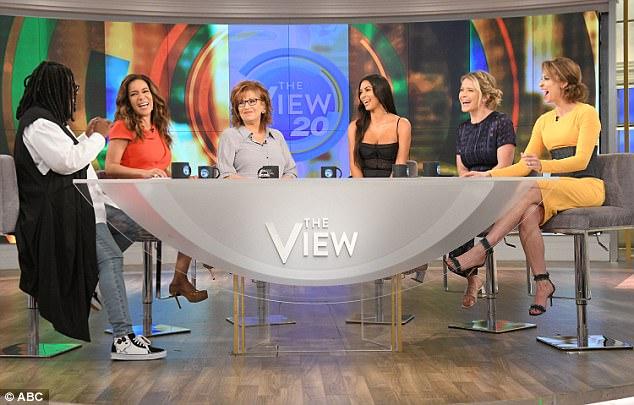 The table: L to R, Whoopi Goldberg, Sunny Hostin, Joy Behar, Kim, Sara Haunes and Jedediah Bila