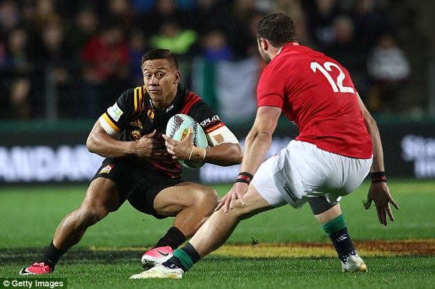 Tim Nanai Williams tries to find a way around Robbie Henshaw with little luck on Tuesday