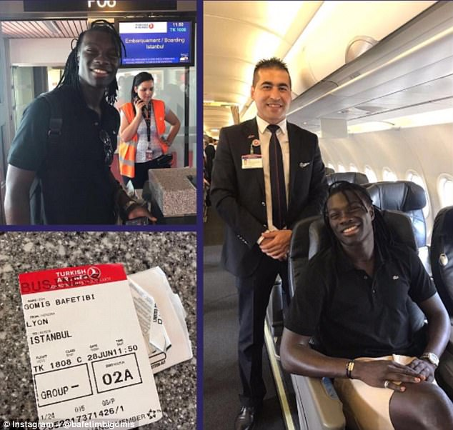 Bafetimbi Gomis posted this photo of himself boarding the flight from Lyon to Istanbul