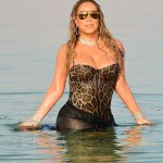 Mariah Carey Take A Swim In Diamonds